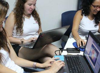 Mujeres diseñan aplicación para niños/as con discapacidad